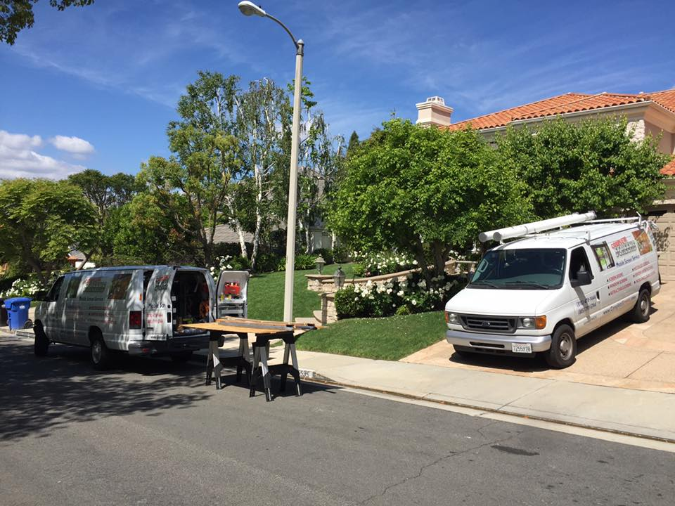 Mobile Screen Service nstalling Sliding Screen Doors and Window Screens iin Bell Canyon