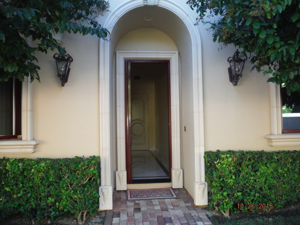Exterior view of Single Retractable Screen Doors in Agoura Hills